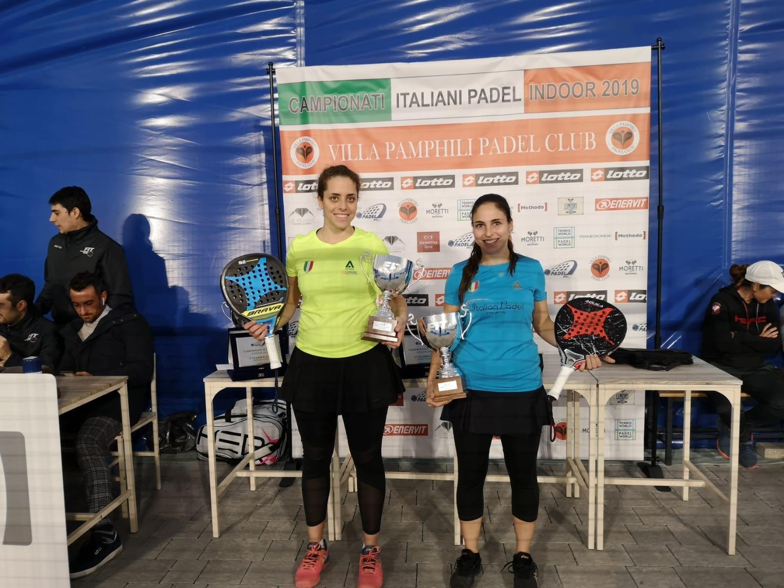 La premiazione di Giulia Sussarello e Chiara Pappacena
